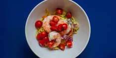 Carrot_and_Squash_Noodles_with_Shrimp_and_Tomatoes.HEADER