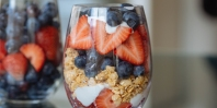 Red_-White_-and-Blueberry-Parfait